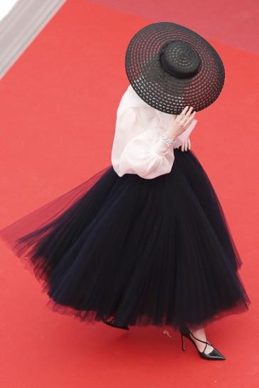 Elle Fanning in Dior-17