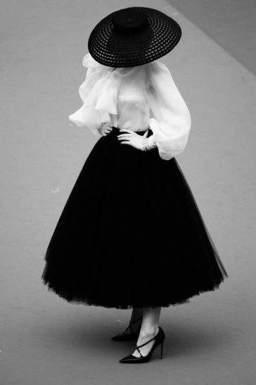 Elle Fanning in Dior-19