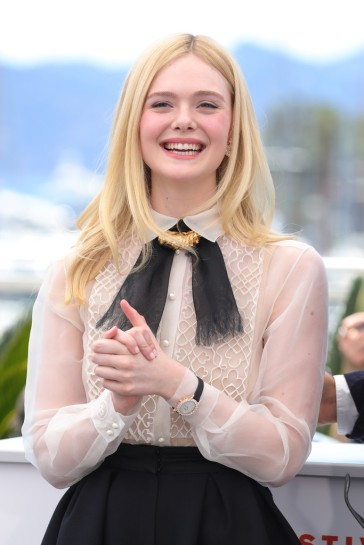Elle Fanning in Dior Spring 2019 Couture-6
