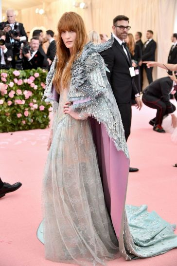 Florence Welch in Gucci-1