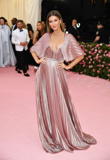 Gisele Bundchen in Dior-2