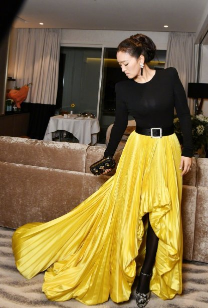 Gong Li in Alexandre Vauthier Fall 2018 Couture-6