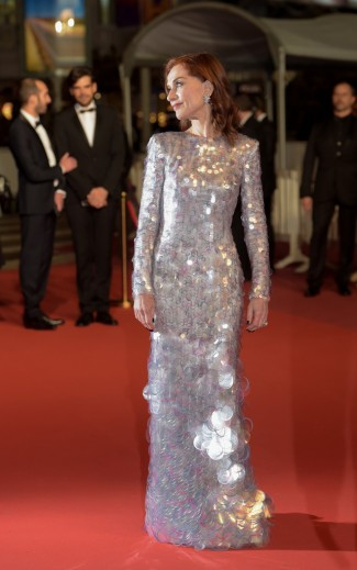 Isabelle Huppert in Armani Privé-6