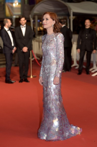 Isabelle Huppert in Armani Privé-8