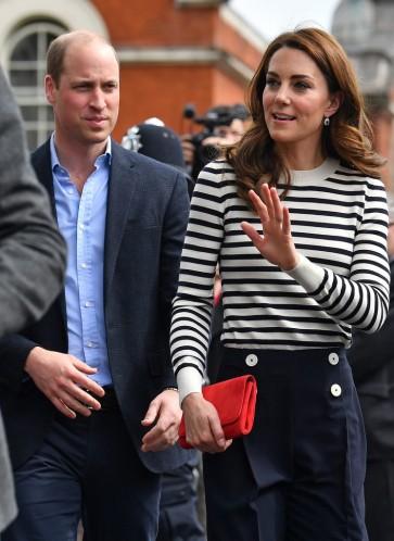 Kate Middleton in JoosTricot & L.K.Bennett-2