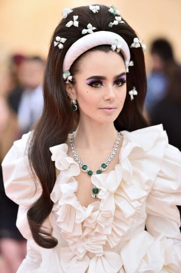 Lily Collins in Giambattista Valli Spring 2019 Couture-7