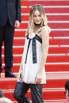 Margot Robbie in CHANEL Spring 2011 Couture-2