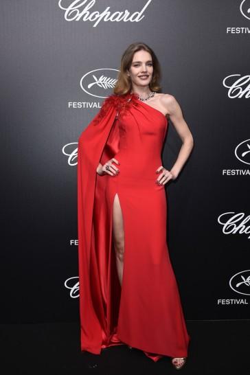 Natalia Vodianova in Atelier Versace Spring 2019 Couture-5