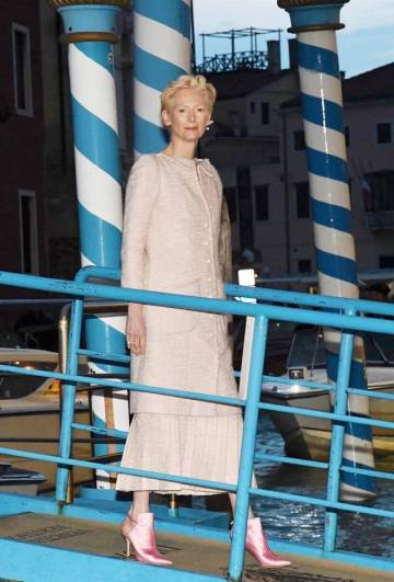 Tilda Swinton in Chanel Spring 2019 Couture-2