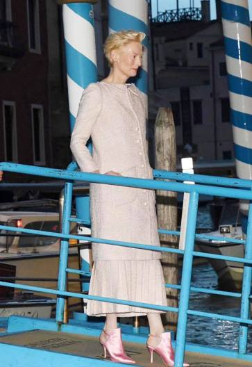 Tilda Swinton in Chanel Spring 2019 Couture-5