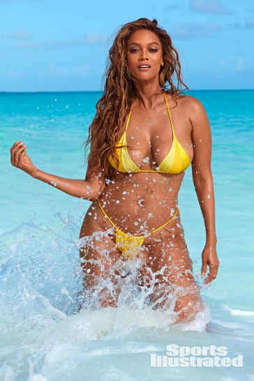 Tyra Banks Sports Illustrated Swimsuit 2019-18