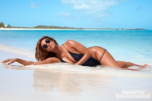 Tyra Banks Sports Illustrated Swimsuit 2019-30