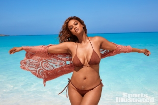 Tyra Banks Sports Illustrated Swimsuit 2019-32