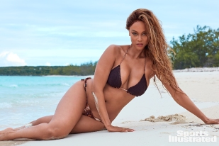 Tyra Banks Sports Illustrated Swimsuit 2019-9