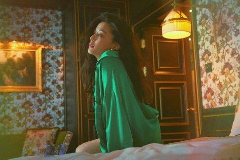 Wang Ji-hyun Vogue Korea June 2019-2