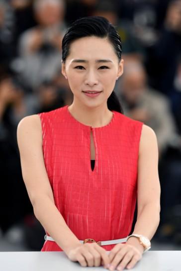 Wu Ke-Xi in Akris Spring 2019-1