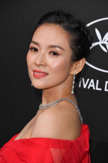 Zhang Ziyi in Atelier Versace-5