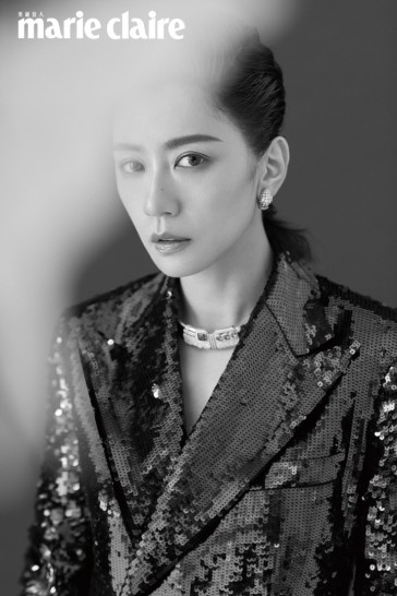 Alyssa Chia Marie Claire Taiwan June 2019-6