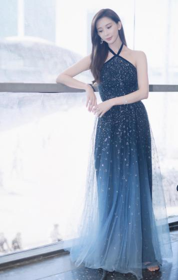 Chiling Lin in Marchesa Notte Fall 2018-2