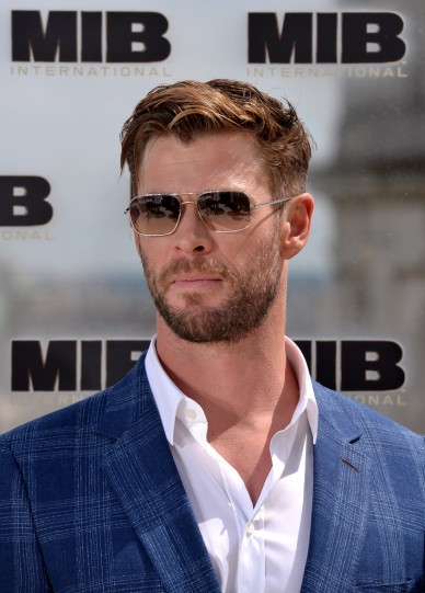 Chris Hemsworth in Paul Smith-2