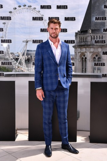 Chris Hemsworth in Paul Smith-6