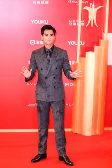 Eddie Peng in Berluti Fall 2019 Menswear-6