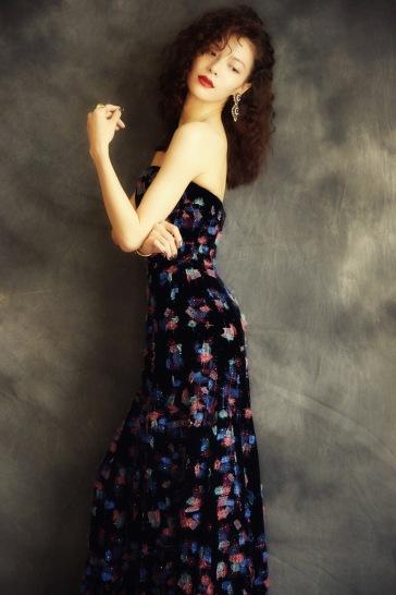 Elaine Zhong in Armani Privé Fall 2018 Couture-6