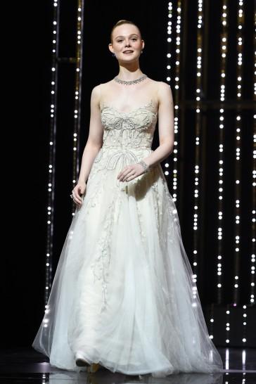 Elle Fanning in Reem Acra Bridal Fall 2019-11