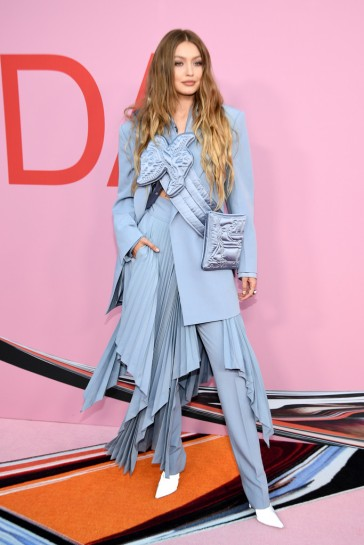 Gigi Hadid in Louis Vuitton-2