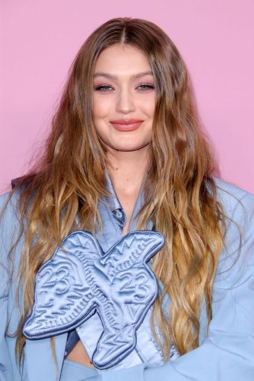 Gigi Hadid in Louis Vuitton-3