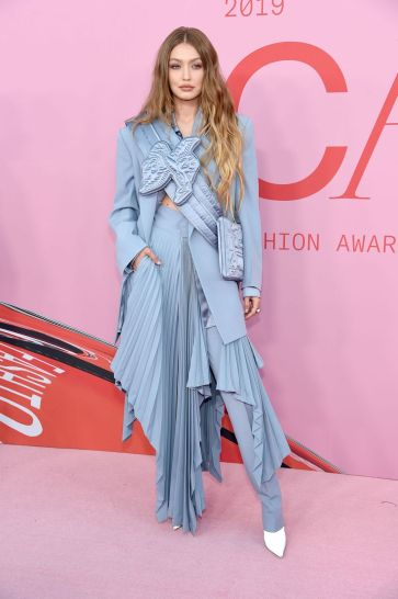 Gigi Hadid in Louis Vuitton-4