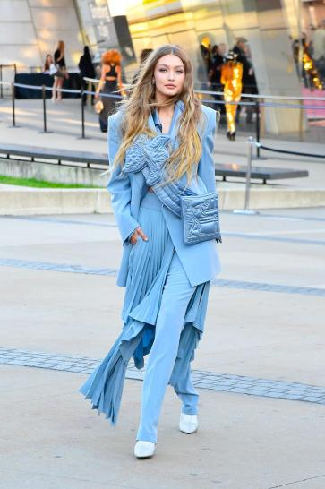 Gigi Hadid in Louis Vuitton-7