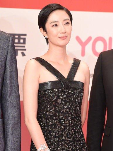 Gwei Lun Mei in Chanel Pre-Fall 2019-5