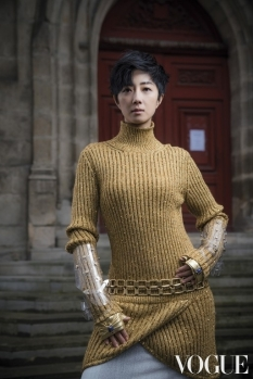 Gwei Lun Mei Vogue Taiwan June 2019-6