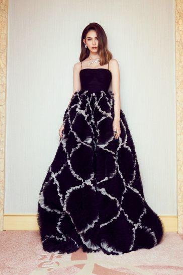 Hannah Quinlivan in Valentino Pre-Fall 2019-5