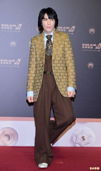 Jam Hsiao in Gucci Fall 2019-7