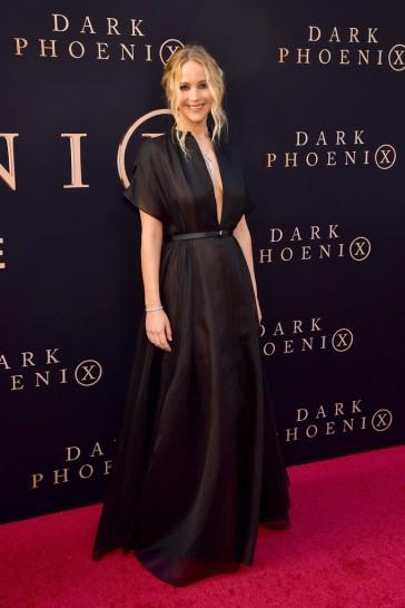 Jennifer Lawrence in Dior Resort 2020-3
