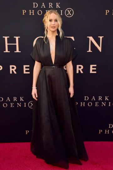 Jennifer Lawrence in Dior Resort 2020-9
