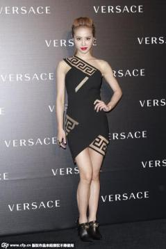 Jolin Tsai in Versace-7