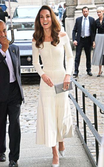 Kate Middleton in Barbara Casasola Spring 2016-1