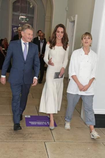 Kate Middleton in Barbara Casasola Spring 2016-10