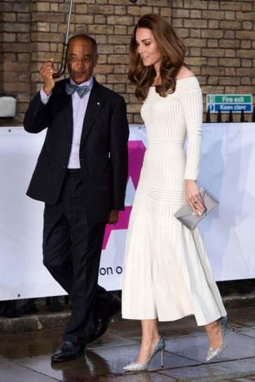 Kate Middleton in Barbara Casasola Spring 2016-11