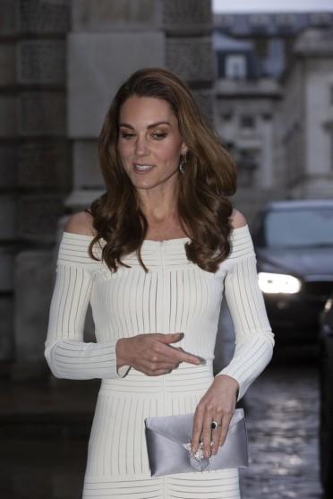 Kate Middleton in Barbara Casasola Spring 2016-3