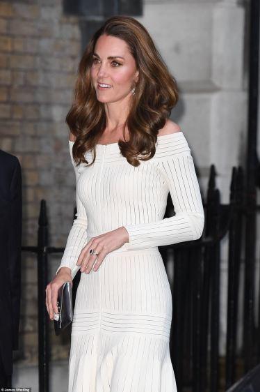 Kate Middleton in Barbara Casasola Spring 2016-4