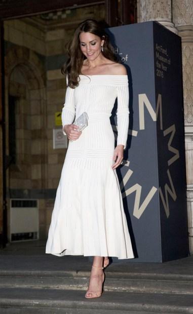 Kate Middleton in Barbara Casasola Spring 2016-7