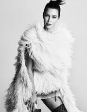 Kim Kardashian for Vogue Japan August 2019-10
