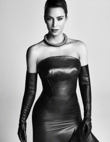 Kim Kardashian for Vogue Japan August 2019-6