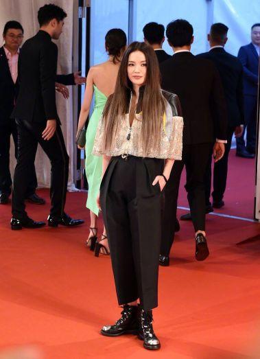 Shu Qi in Louis Vuitton Resort 2020-4