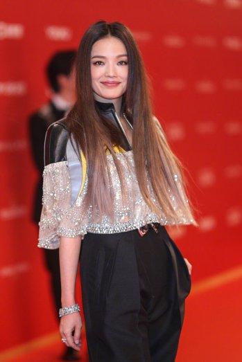 Shu Qi in Louis Vuitton Resort 2020-5