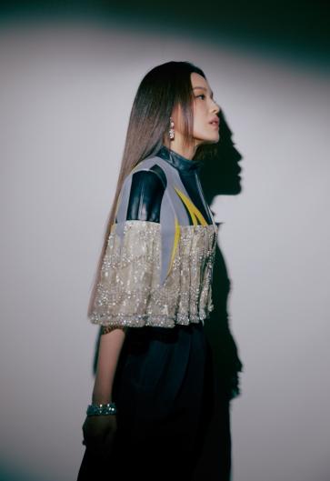 Shu Qi in Louis Vuitton Resort 2020-7